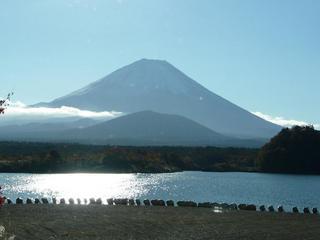 3.精進湖の富士【子抱き富士】.JPG