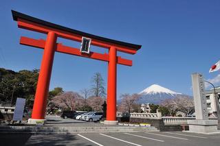 5.富士宮浅間大社からの富士山.JPG