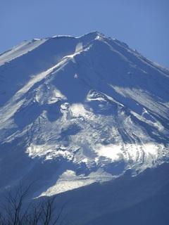 サンタの顔をした富士山.jpg