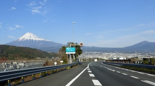 富士川SAからの富士.jpg