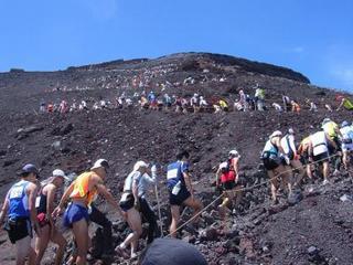 富士登山競争5.jpg